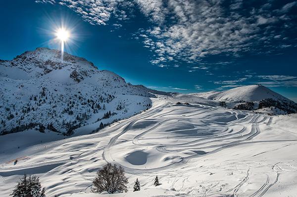 bila till Alperna